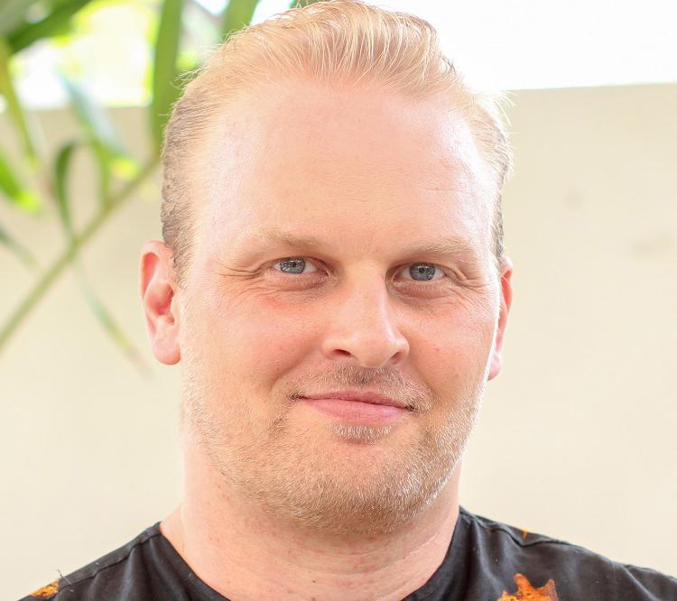Simon Turner Challenges Ghana